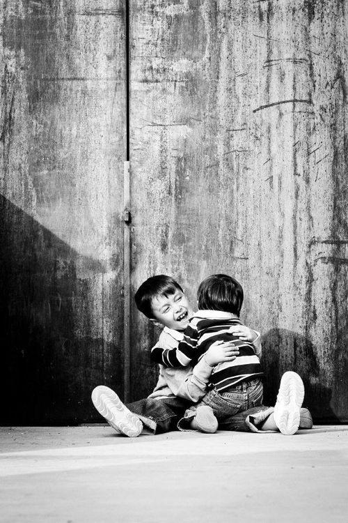C&E-hug